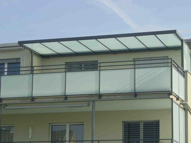 glasfinder aussenanwendungen glasgel nder balkone. Black Bedroom Furniture Sets. Home Design Ideas