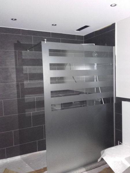 Duschtrennwand  Glasfinder / Innenanwendungen / Bad, Dusche – Keller Glas