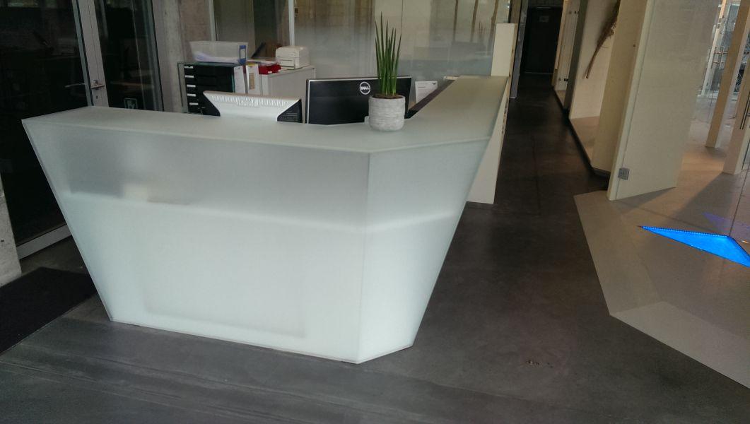 glasfinder innenanwendungen empfang schalteranlagen. Black Bedroom Furniture Sets. Home Design Ideas