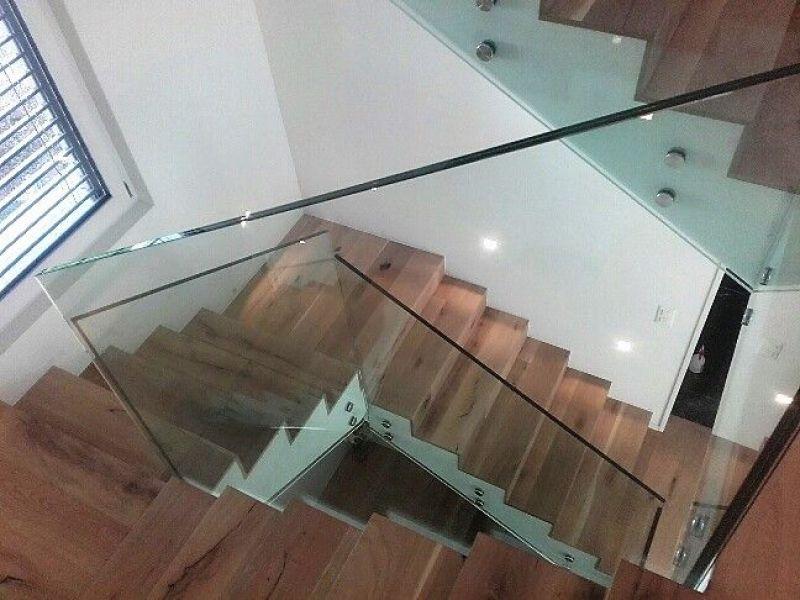 Treppen Mit Glasgeländer glasfinder innenanwendungen glasgeländer keller glas