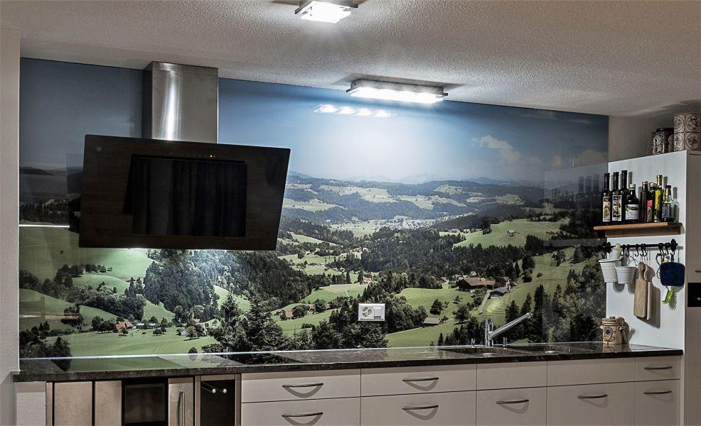 glasfinder innenanwendungen k chen keller glas. Black Bedroom Furniture Sets. Home Design Ideas